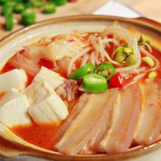 辣白菜五花肉煲的做法