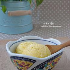 香草冰淇淋的做法