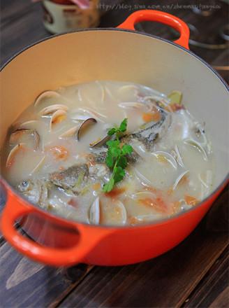 黄鱼蛤蜊浓汤的做法