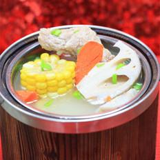 龙骨莲藕玉米汤的做法