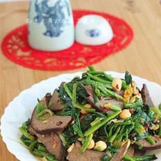 酱猪肝拌菠菜的做法