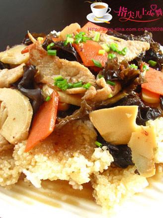 锅巴肉片的做法