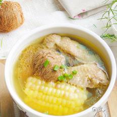 玉米猴头菇鸡汤的做法