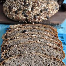 五谷丰登杂粮面包的做法