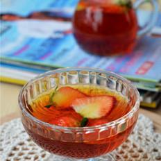 草莓红茶的做法