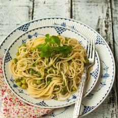 橄榄油生菜意面 的做法