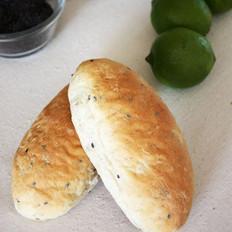 青柠燕麦面包