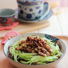 麻汁肉丁蕨根粉的做法
