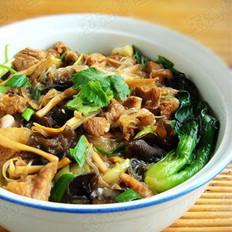 杂蔬粉丝炖羊肉的做法