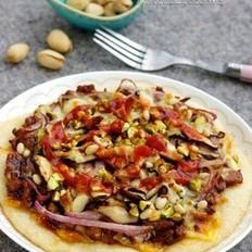 坚果仁肉酱披萨的做法