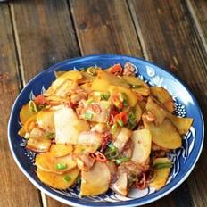 五花肉土豆片的做法