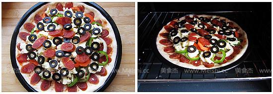 腊肠黑橄榄披萨iG.jpg