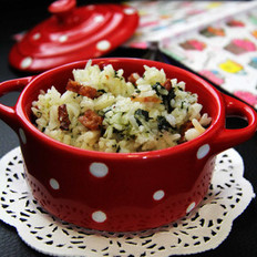菠菜腊肠菜饭的做法