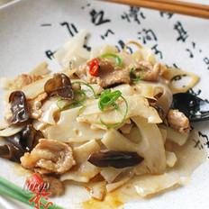 莲菜炒肉片  的做法