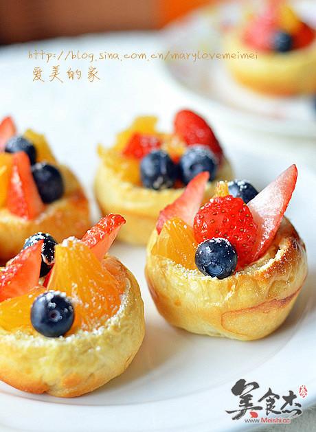 奶油水果面包yd.jpg