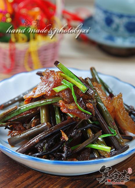 腊肉炒蕨菜aP.jpg