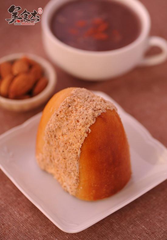 杏仁奶油夹心面包ys.jpg
