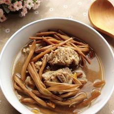 黄花菜脊骨汤的做法
