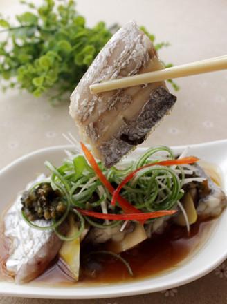 雪菜春笋香菇蒸带鱼的做法