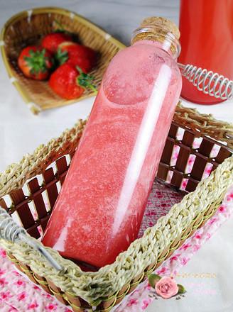 鲜榨草莓汁的做法