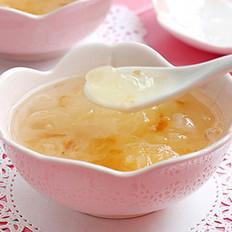 桃胶皂角米炖银耳的做法