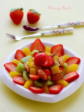 焦糖杏仁鲜果沙拉的做法