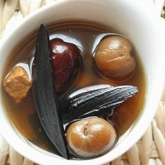 紫灵芝桂肉红枣汤