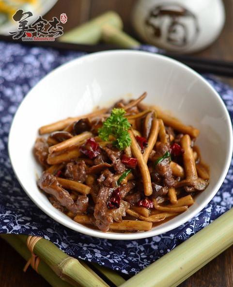 黑椒茶树菇炒牛柳ep.jpg