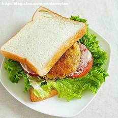煎牛肉饼三明治的做法