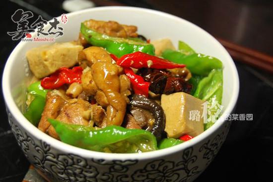 青椒豆腐烧鸡vw.jpg