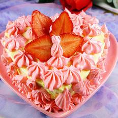 奶油霜草莓蛋糕