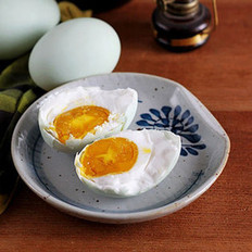 流油咸鸭蛋的做法