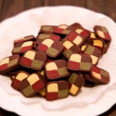 多色棋格黄油饼干的做法