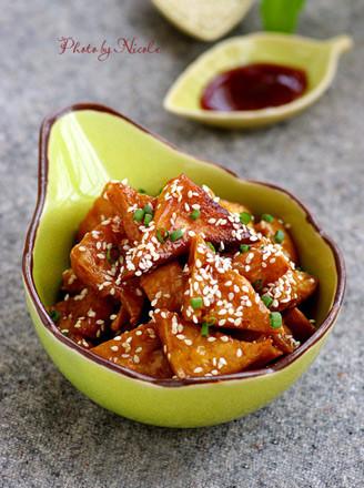 蜜汁叉烧豆腐角的做法