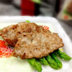 芦笋鲜辣猪排的做法