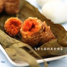 猪肉咸蛋粽子的做法