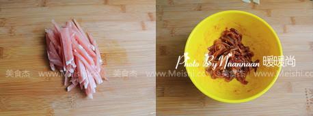 中式蔬菜肉丝炒意面ti.jpg