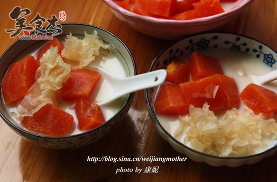 木瓜雪耳炖牛奶ia.jpg