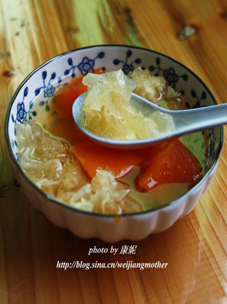 冰糖雪耳炖木瓜的做法