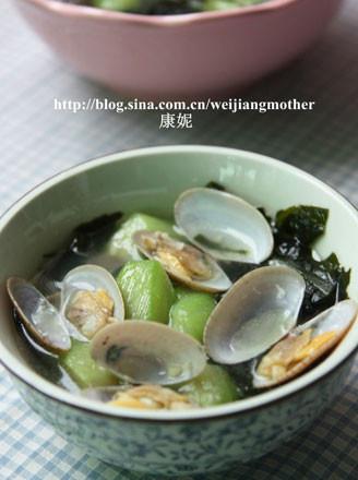 裙带菜花蛤汤的做法