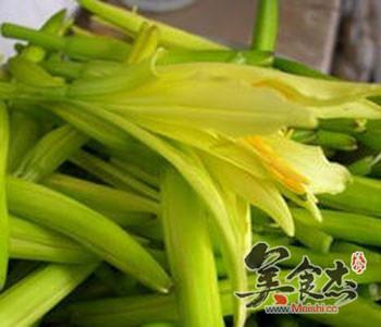 6种有毒蔬菜千万不要吃Fq.jpg
