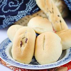 焦糖蔓越莓面包的做法