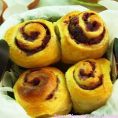 南瓜紫薯面包卷