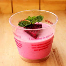 火龙果酸奶布丁