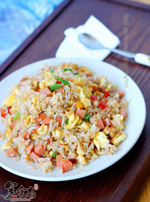 蛋炒饭的做法【步骤图】_菜谱_美食杰