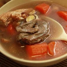 红萝卜鹌鹑汤