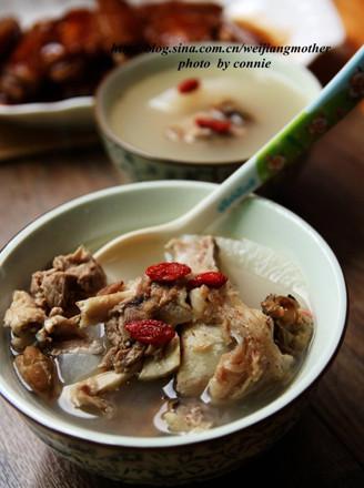 萝卜煲猪骨汤的做法