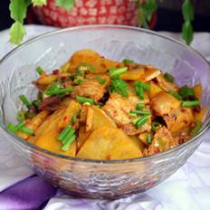 五花肉炒土豆片