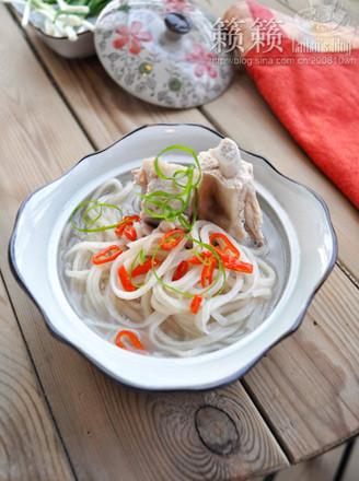 鱼面煨汤的做法