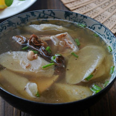 萝卜蚝豉猪骨汤